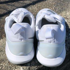Women's Nike shift zoom basketball sneakers 7.5